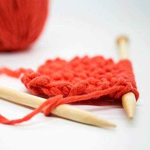 bamboo knitting needles with red wool